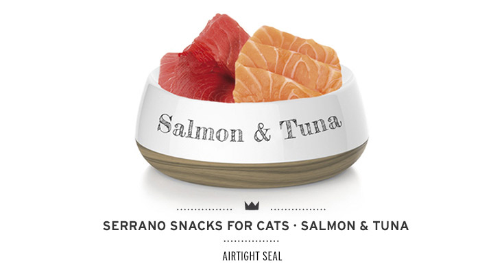 Snacks for cats of Mediterranean Natural antihairball salmon and tuna