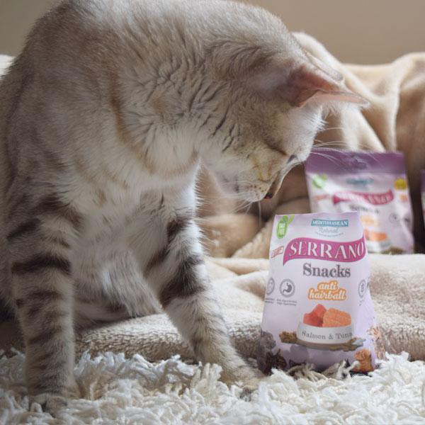 Neko y Serrano Snacks para gatos de Mediterranean Natural