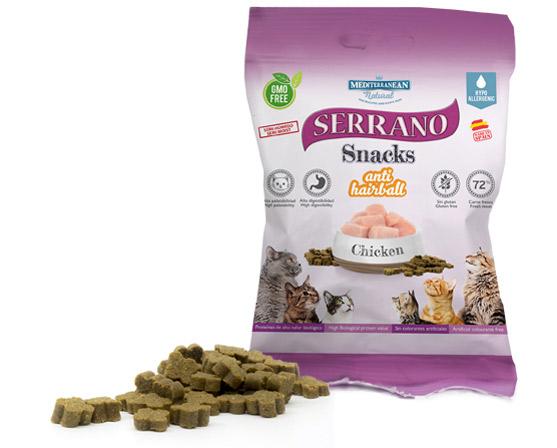Serrano Snacks for cats of Mediterranean Natural: antihairball treats with chicken
