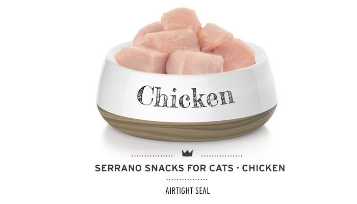 Snacks for cats of Mediterranean Natural antihairball chicken