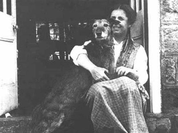 Mujeres-que-hicieron-historia-y-cuyos-perros-marcaron-su-vida-5